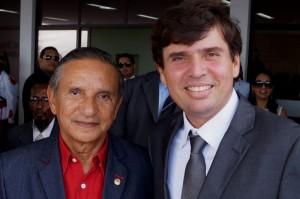 Marcius Beltrão e o presidente do Tribunal Regional do Trabalho de Alagoas, da 19ª Região (TRT/AL 19), o desembargador Severino Rodrigues dos Santos