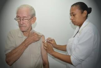 Secretaria de Saúde informa sobre prorrogação da campanha de vacinação contra Influenza