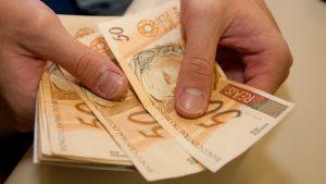 Pagamento-Dinheiro-Reais
