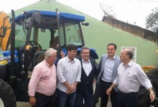 'Patrulha Mecanizada' chega a Penedo para atender povoados no plantio e colheita de grãos