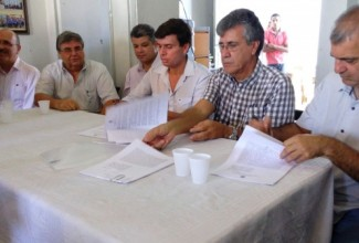 Prefeitura de Penedo e IPHAN assinam ordens de serviço para restauração do Monte Pio e construção da Marina Pública